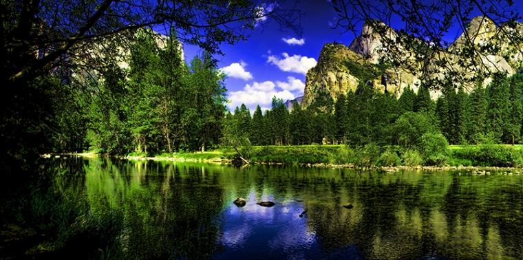 Yosemite Pano topaz