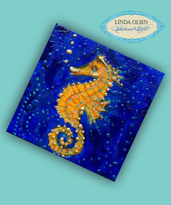 Tiny Golden Seahorse 5x5x