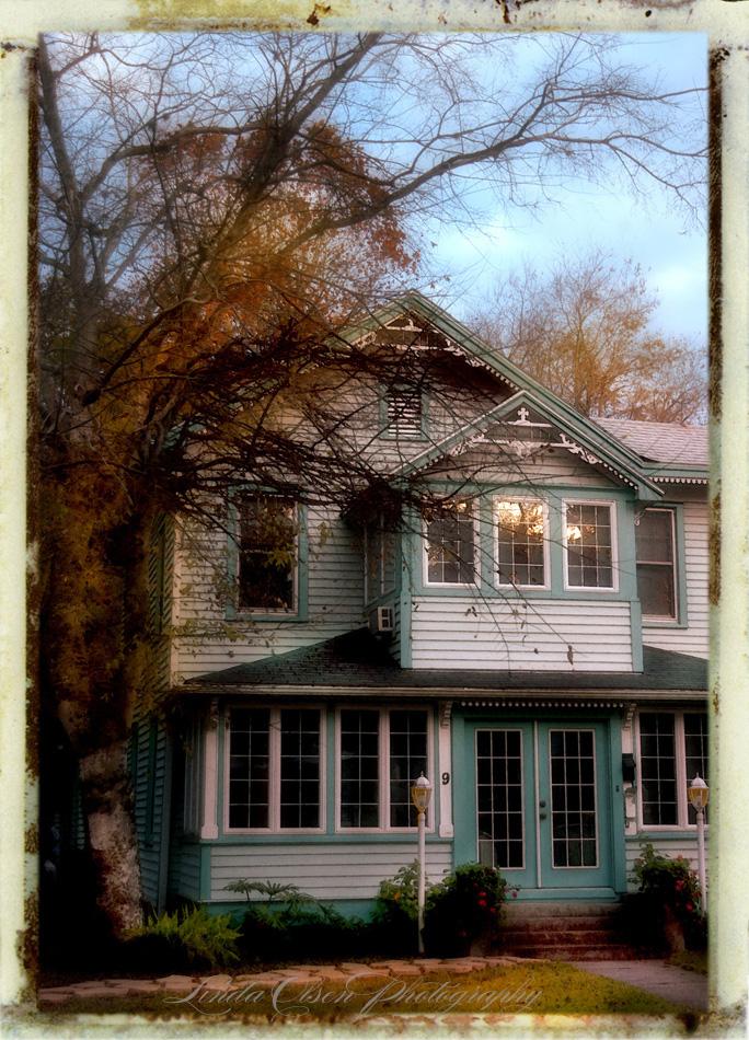 victorian-house-staug