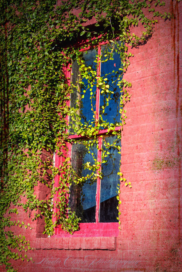 window-red-brick